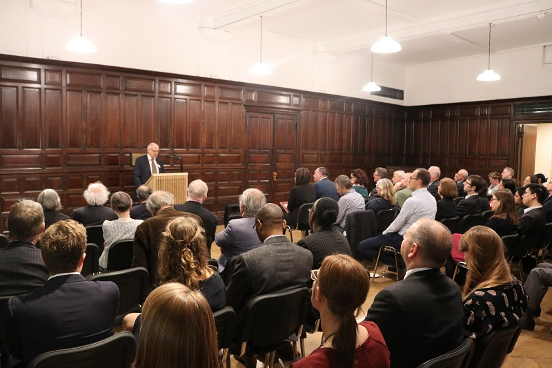 Lord Neuberger delivers speech at FLAC 120 event