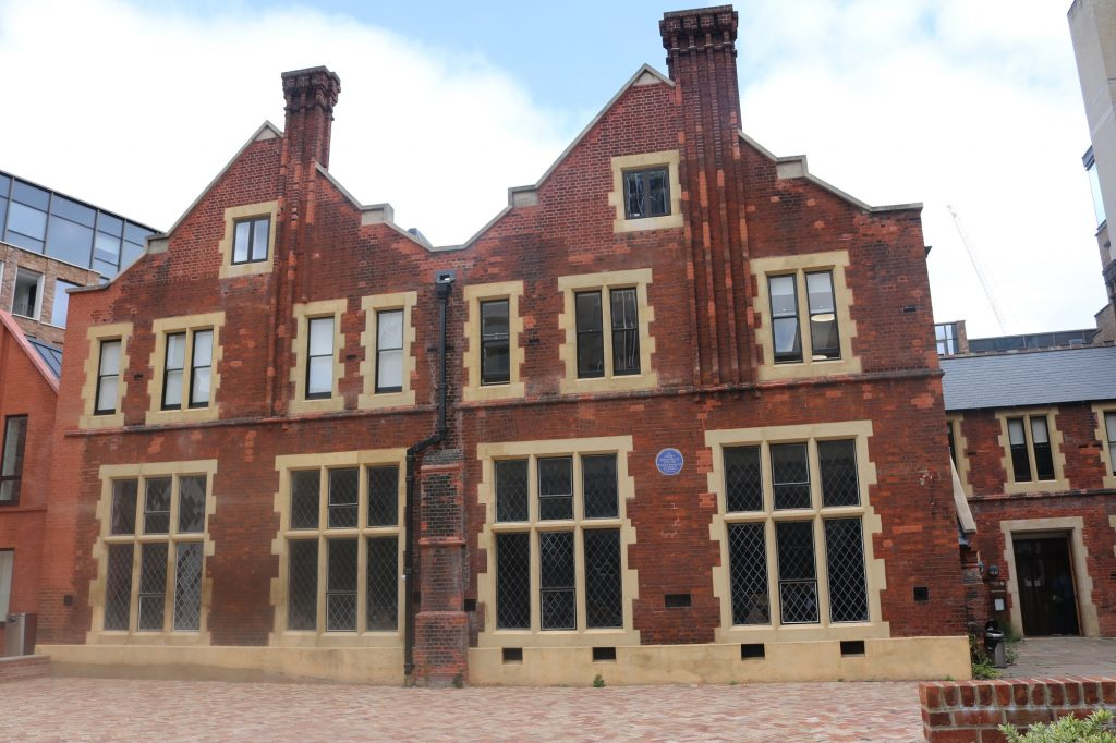 Toynbee Hall to open as pop-up vaccination centre